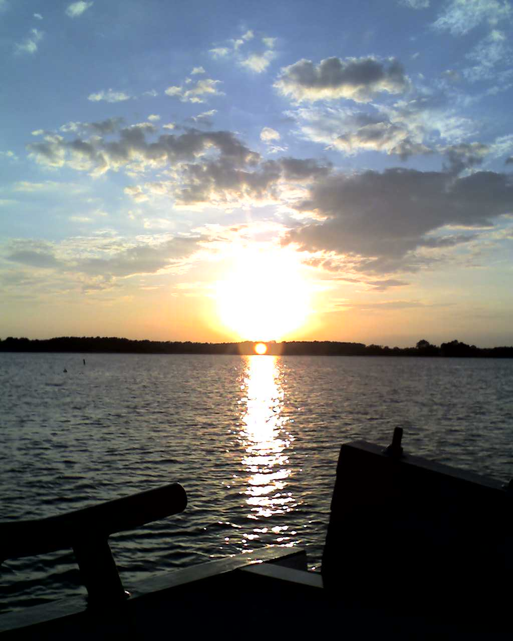 [Ferry+sunset]