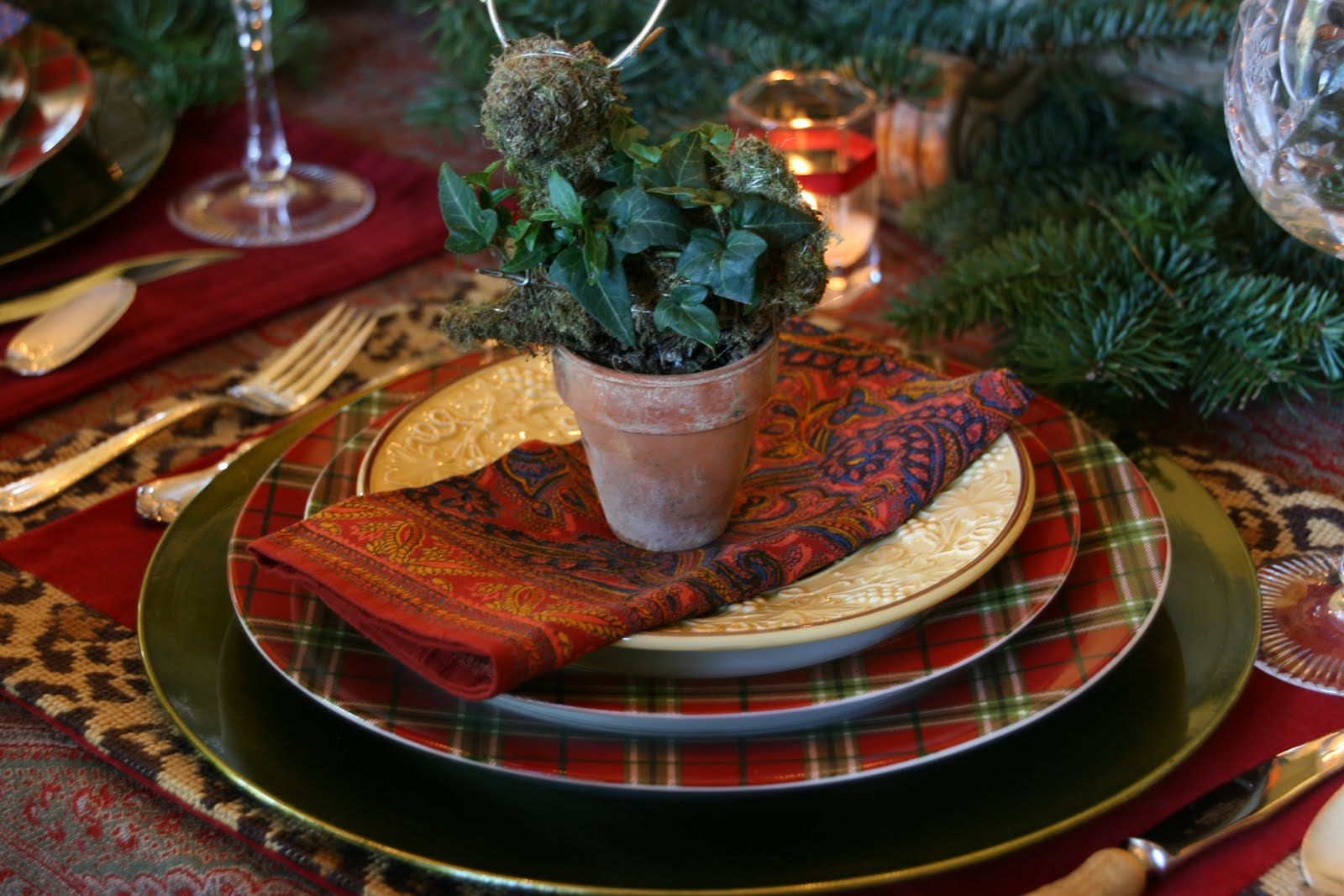 A Christmas Tablescape of Paisley Tartan and Leopard! & vignette design: A Christmas Tablescape of Paisley Tartan and Leopard!