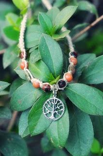tree700 - Tree of Life Hemp Necklace Review