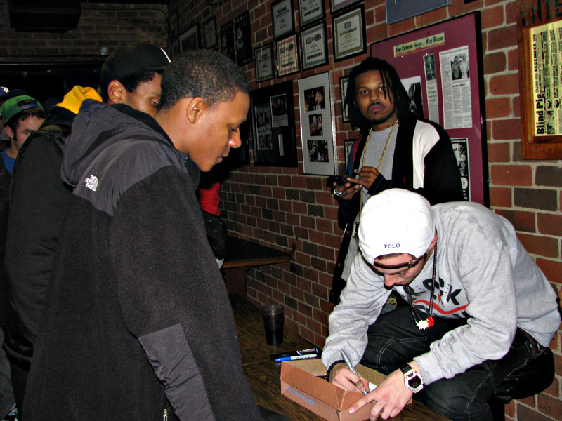 Mac miller in store meet greet recap motivation blog afterwards the staff at the blind pig made sure everyone who still stuck around and had our numbered tickets got to meet mac and everyone left happy and m4hsunfo