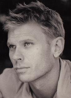 Dexter alum Mark Pellegrino has been cast on Lost in a pivotal role Latest from Ausiello - Casting News