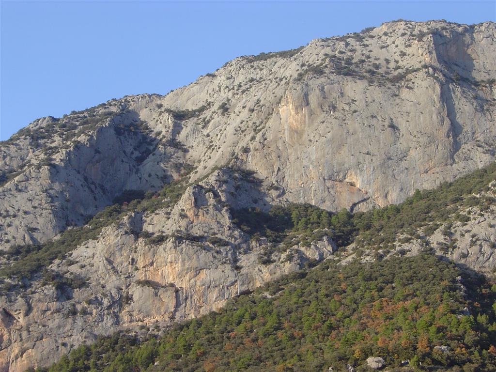 Jaumegrimp via dioni a la roca dels collars alt urgell for La roca completa