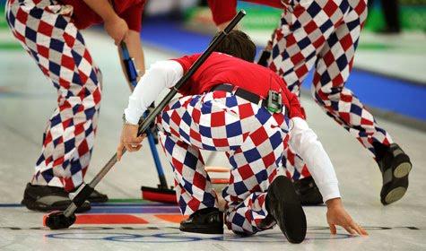 [norway-curling-pants.jpg]