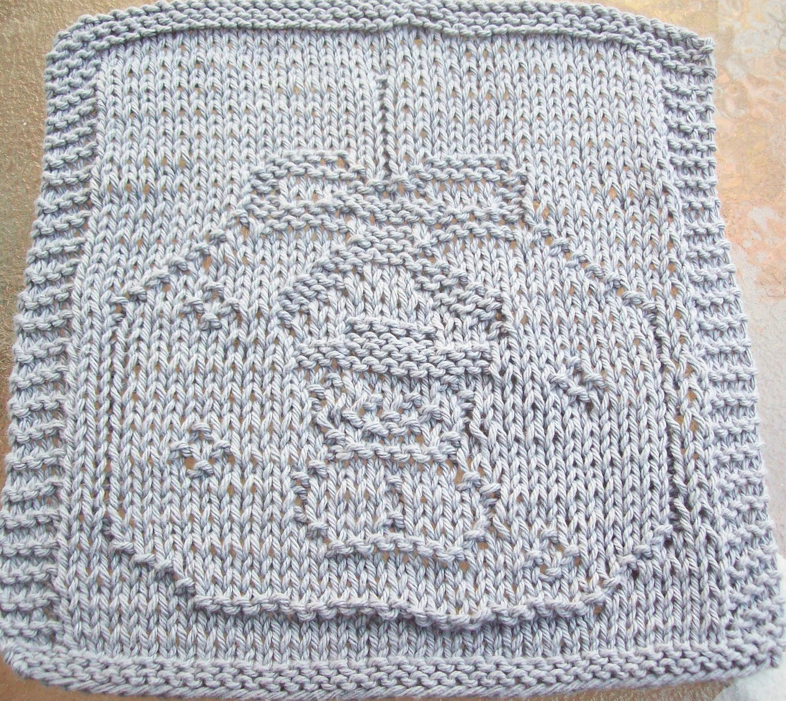 Free Knitted Dishcloth Patterns Snowman : DigKnitty Designs: Snowman Ornament Knit Dishcloth Pattern