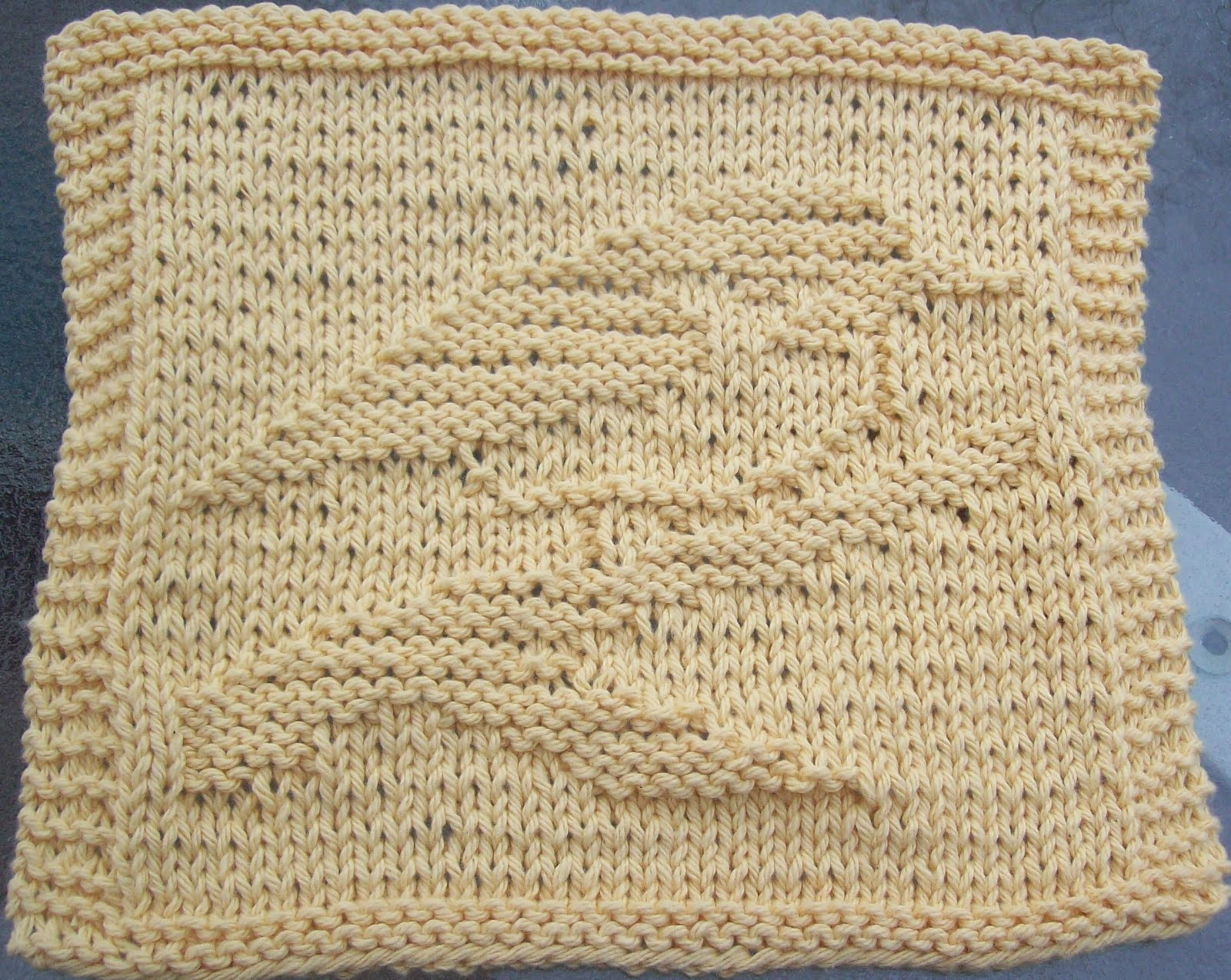 Dishcloth Knitting Pattern : DigKnitty Designs: Chickadee Knit Dishcloth Pattern