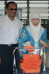 Anwar and Wan Azizah