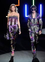 New York Mercedes Benz Fashion Week Spring 2010  คลิ๊กที่ภาพได้เลยค่ะ