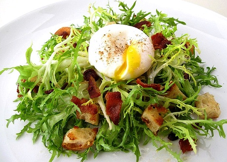 Poached Egg And Bacon Salad - Salad Lyonnaise Recipe ...