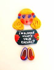 Blonda cu Atitudine