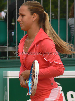 [Image: hot_tennis_player_Dominika_Cibulkova_002.jpg]