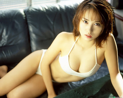 Ichikawa Yui Japanese Celebrities In Bikini