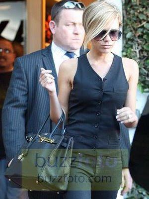 Victoria Beckham Blonde. Victoria Beckham has gone