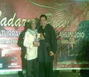 TADARUS PUISI 2010: PENYAIR ARSYAD INDRADI BERBAGI MAKNA