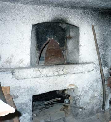 La campagna appena ieri il vecchio forno a legna - Cucinare con il forno a legna ...