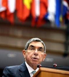 Costa Rican President Oscar Arias. (AP Photo/Geert Vanden Wijngaert)