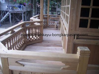 teras rumah kayu type 52