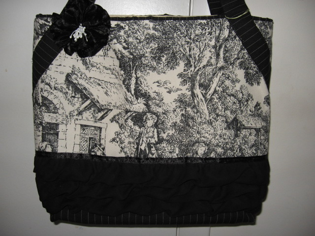 Toile Black ruffle flower tote
