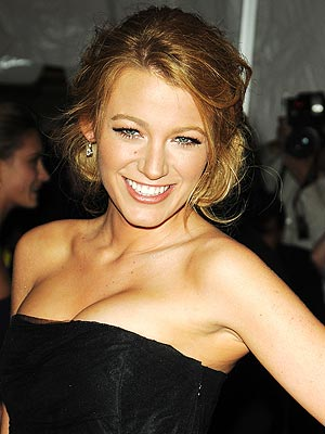 Gossip Girl Blake Lively fashion hairstyles. Temptation