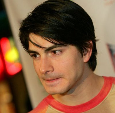 Brandon Routh looks great in a clean cut layered hairstyle,