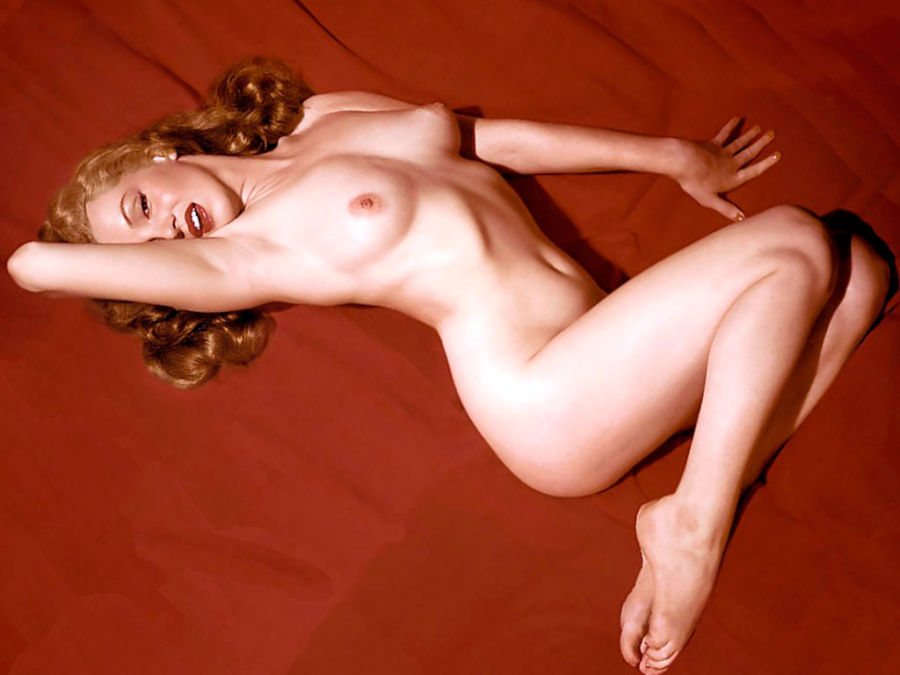 Liz Vicious Nude Pics