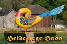 """<a href=""""http://home.earthlink.net/~wodensharrow/hah.html"""">Heide gege Hass</a>"""