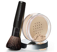 A weightless, skin perfecting powder foundation that provides buildable coverage