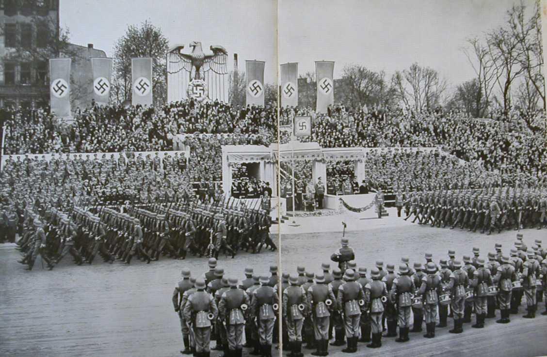 hitler parade:
