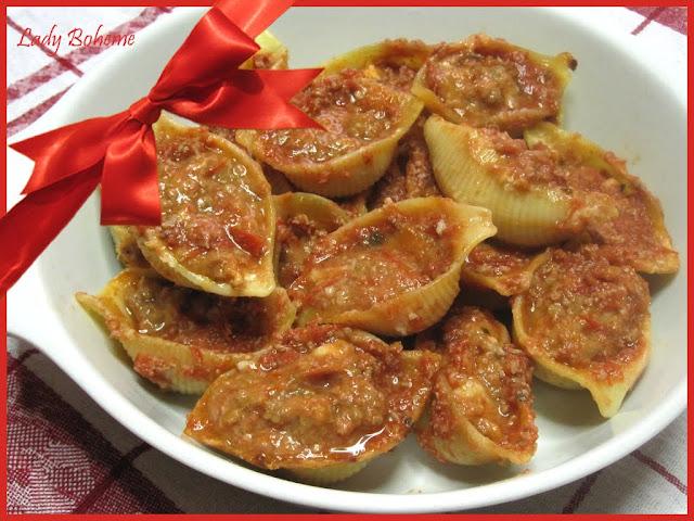 hiperica_lady_boheme_blog_cucina_ricette_gustose_facili_e_veloci_conchiglioni_ripieni_di_carne_e_besciamella_2