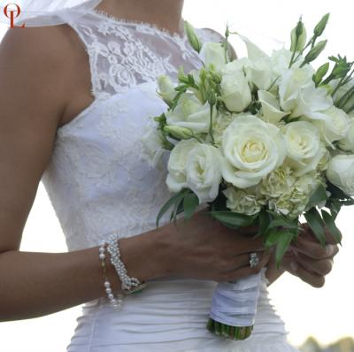 slik wedding flower bouquets