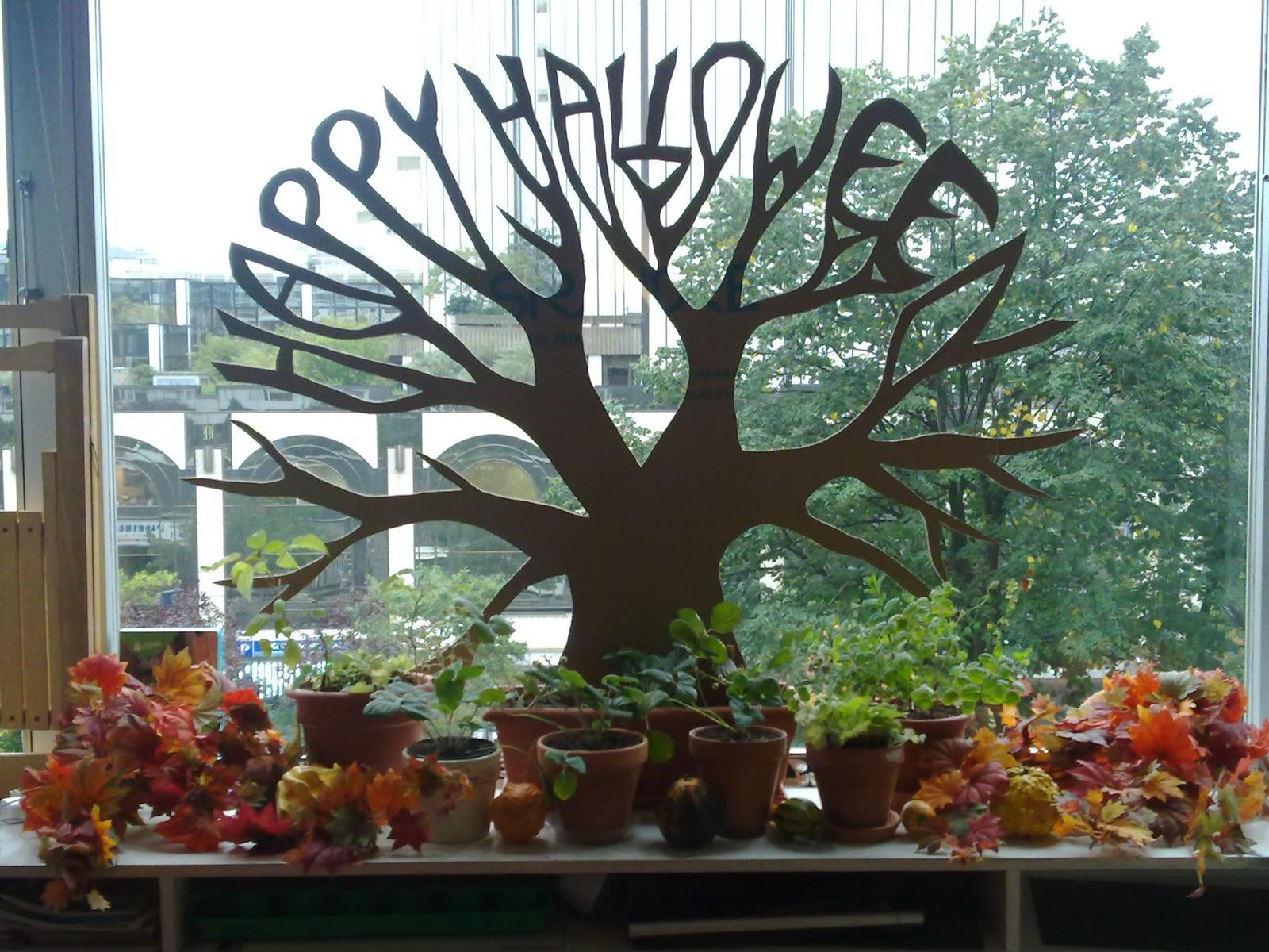 D cor halloween g ant pour le salon - Decoration salon halloween ...