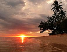 SUNSET AT ZAMBALES ISLAND - THE PHILIPPINES