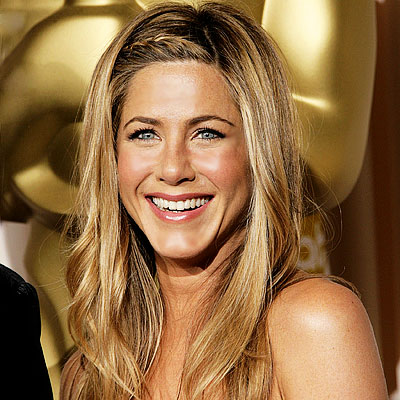 jennifer aniston bangs 2010. angs. Jennifer Aniston