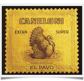 Primers envoltoris dels canelons El Pavo