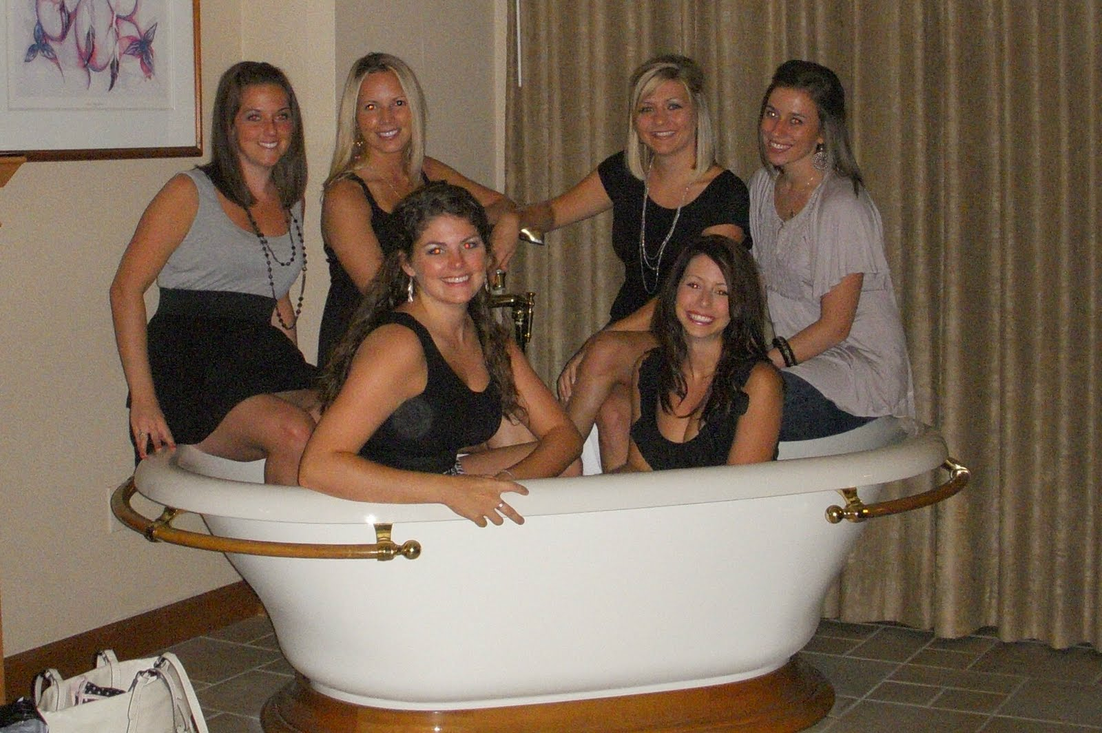 Live, Love, Learn: Journeys of a Green-Eyed Girl: Antique Tub Photo ...