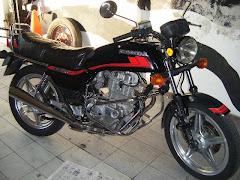 CB 400 - ano 82