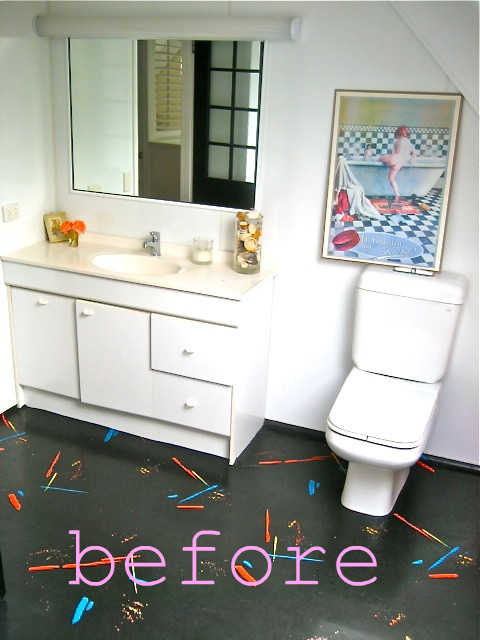 Beach vintage project day quick fix bathroom for Quick fix bathroom ideas