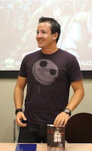 Noticias Miguel Aguerralde, escritor.