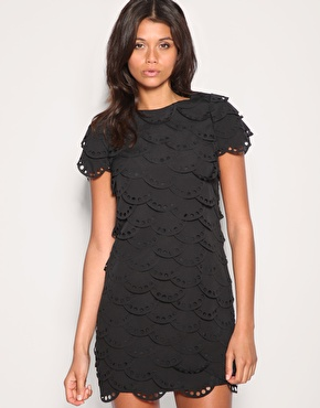 Vestido negro corto para bautizo