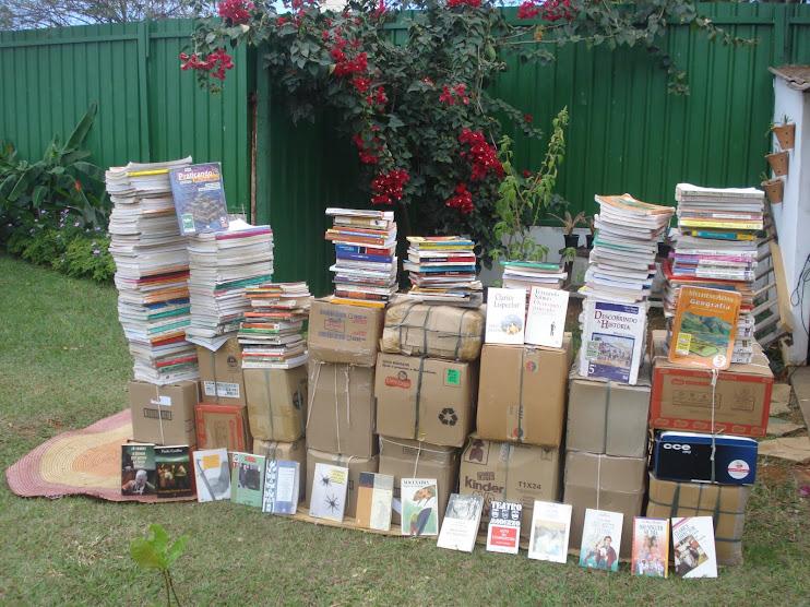 Livros arrecadados com amig@s em Brasília/DF.