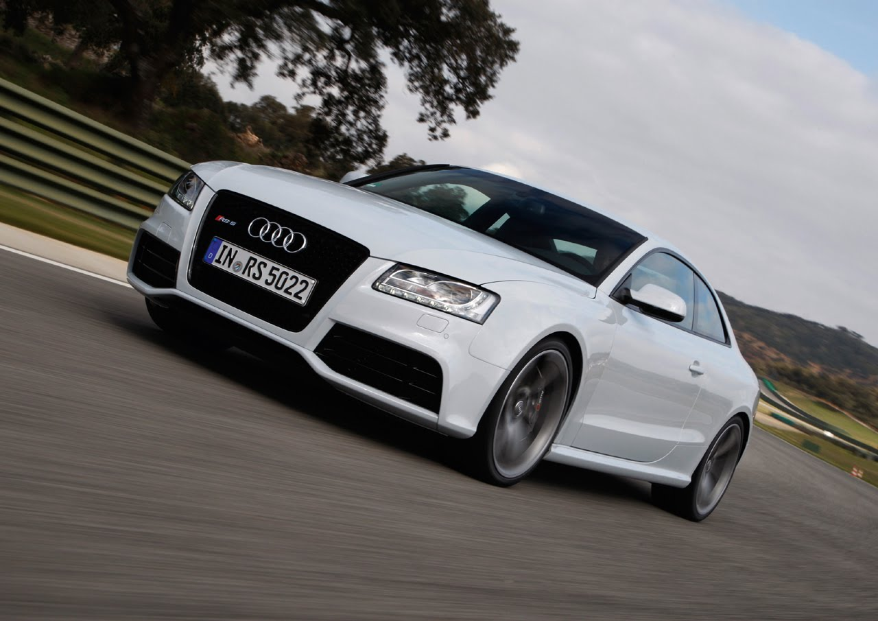 New Photos of Audi RS5 in