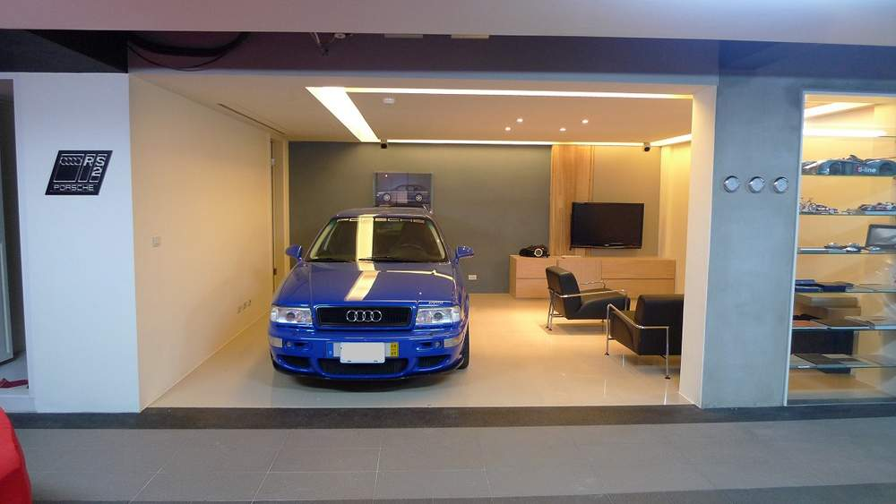 The Coolest Audi Garage We Ve Ever Seen Quattroholic Com