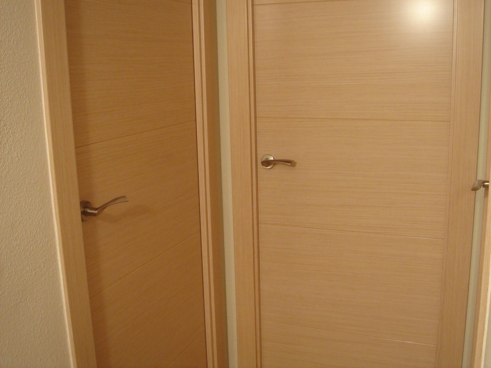 Unifa disseny puertas roble decape - Puerta de roble ...