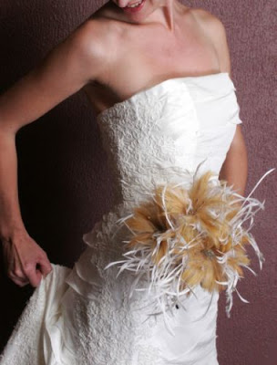 Feather wedding bride bouquets