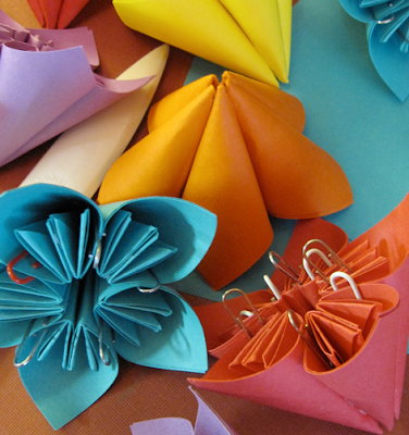 diy wedding origami flower favors