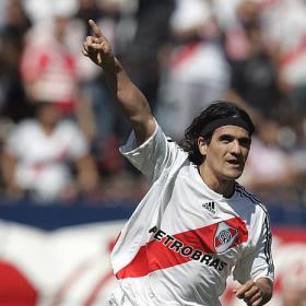 http://2.bp.blogspot.com/_SOaIS19eGSQ/SYo7CmSLWcI/AAAAAAAAADg/UrOTYsfjOls/s320/Ariel_Ortega.jpg