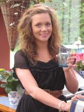 Min älskade dotter på 16-årsdagen 6/6-09...