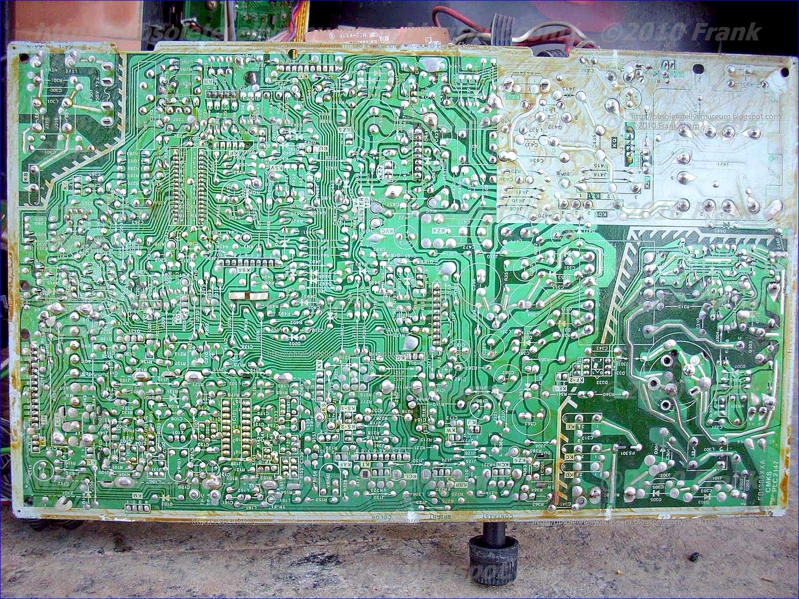 obsolete technology tellye siemens electrogerate gmbh typ fc703 pcb chassis view. Black Bedroom Furniture Sets. Home Design Ideas