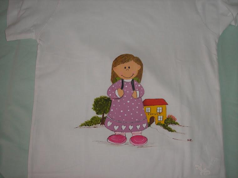 T-shirt com menina de escola