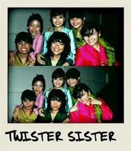 Twister Sisters, Loves, Girls, Having Fun