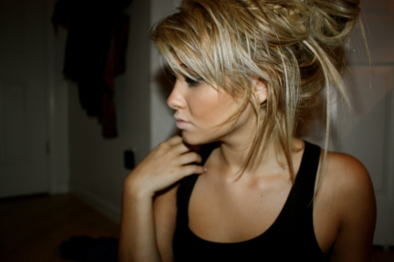 Фотосессии в профиль блондинок 17 фотография